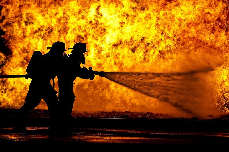 firefighters-live-fire-training